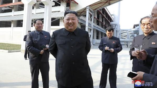 Akhirnya Kim Jong Un Muncul