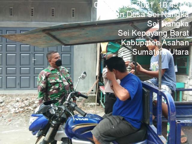 Melaksanakan Giat PPKM Bersama Dengan Kades, Perangkat Desa, Babinkantibmas Dilakukan Personel Jajaran Kodim 0208/Asahan