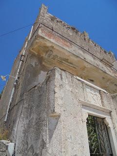 Ο Πύργος Μπαρδάνη στην Απείρανθο