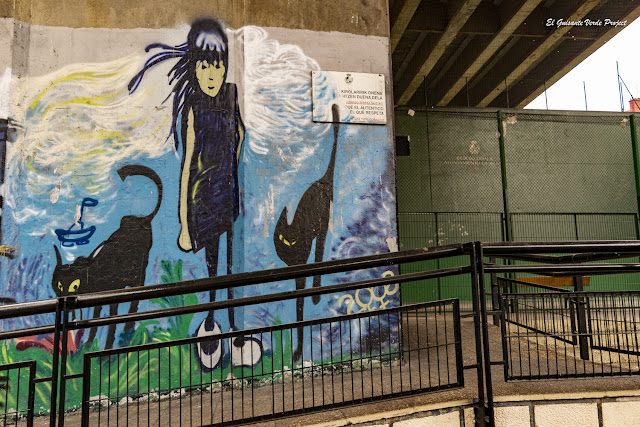Mural entrada al frontón de Rekalde bajo la A8 - Bilbao, por El Guisante Verde Project