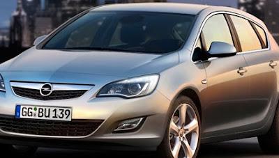 2010 Saturn/Opel Astra