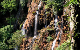 Tempat Wisata Goa Tetes