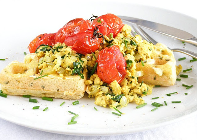 healthy breakfast for vegetarians,tofu scramble with roasted tomatoes,ultimate 4 layer vegan sandwich