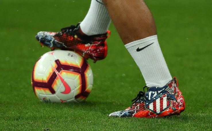 4b457c8d1 Griezmann Shows Off Insane Custom Boots In Madrid Derby - Footy ...
