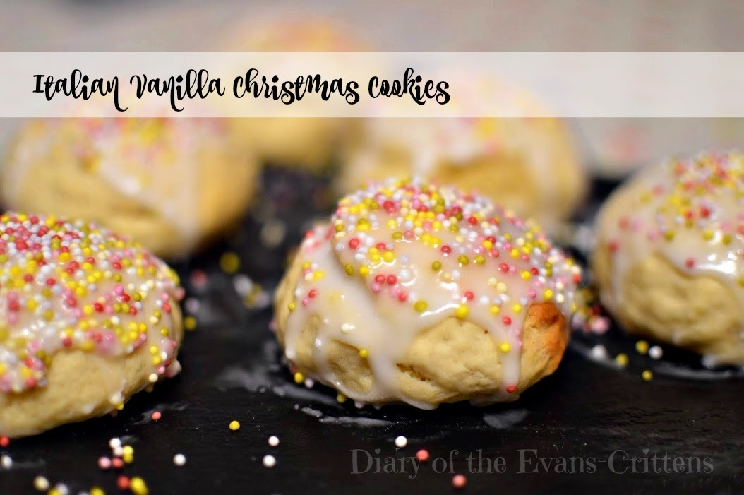 Italian Vanilla Christmas Cookies Anise Ice with Sprinkles