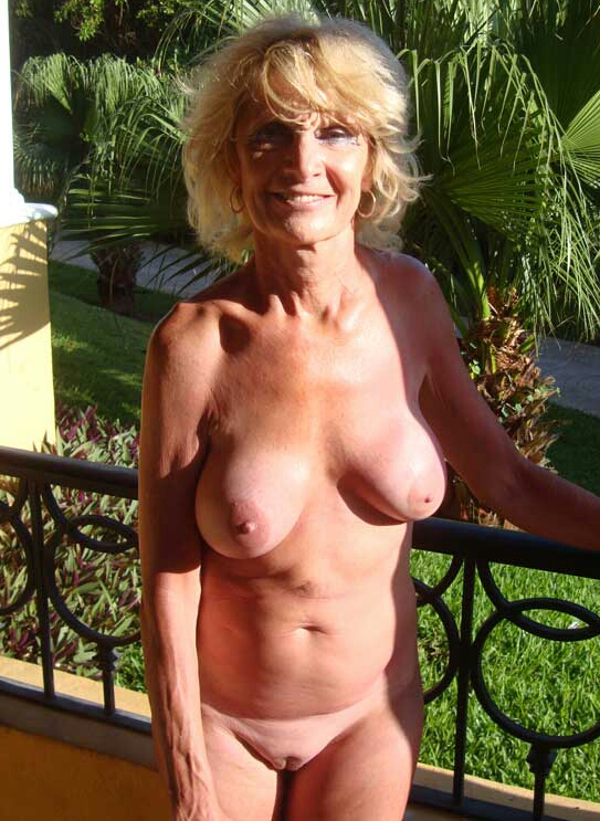 Tanned Lacey Good 40