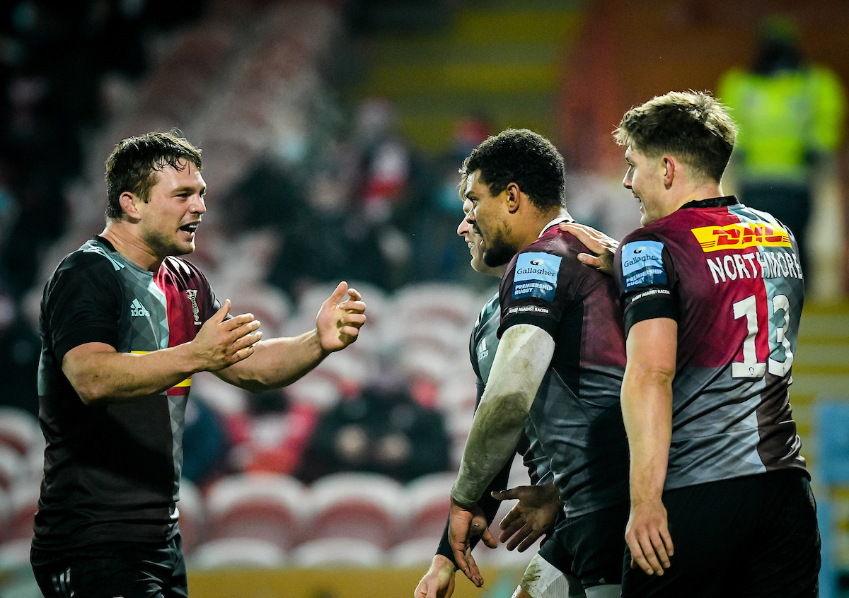 Harlequins celebrate a try during the Gallagher Premiership match between Gloucester Rugby and Harlequins, 06 December 2020.