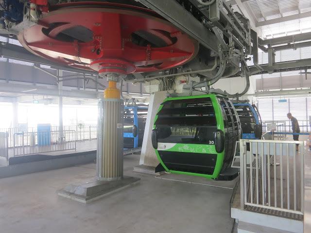 Singapore Cable Car - Sentosa Line