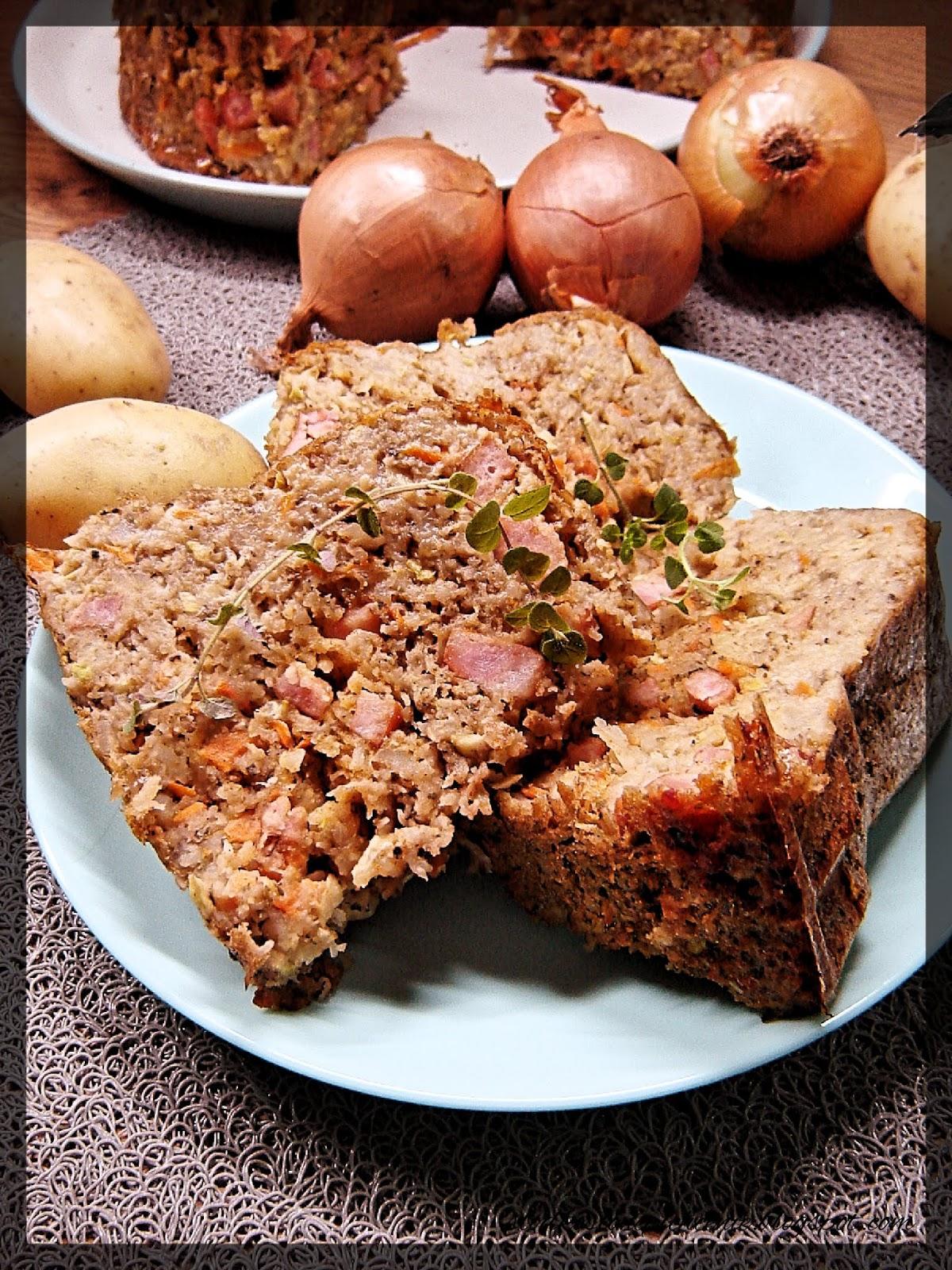 Babka ziemniaczana z marchewką i cukinią
