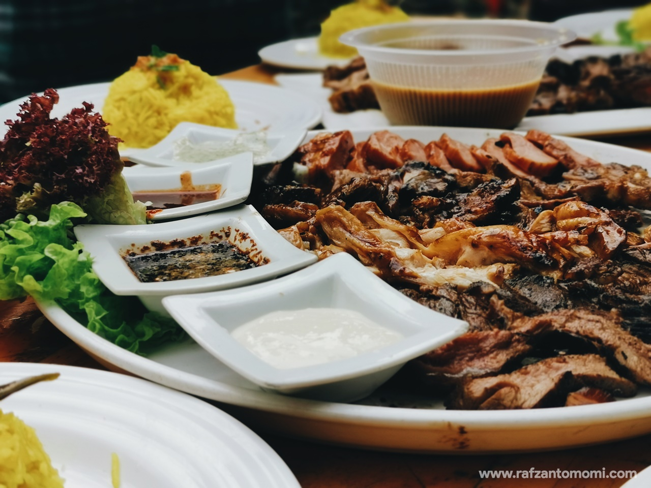 BBQ Lamb KL Kemensah - Makan Sambil Rendam Kaki Dalam Sungai