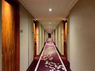 Hotel corridor, Sheraton Towers Singapore, 2021