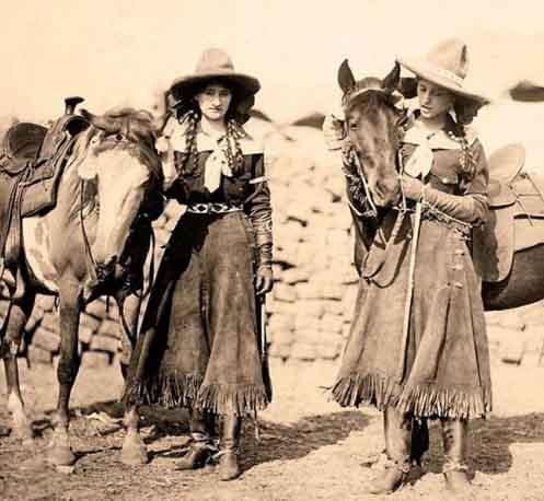 Mulheres EUA 1900 e cavalos