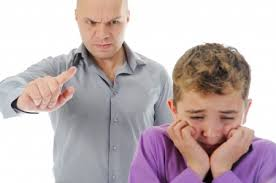 Φράσεις που πληγώνουν την παιδική ψυχή!