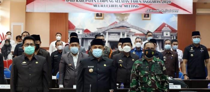Nanang Ermanto Sampaikan Raperda Pertanggungjawaban Pelaksanaan APBD Tahun 2020