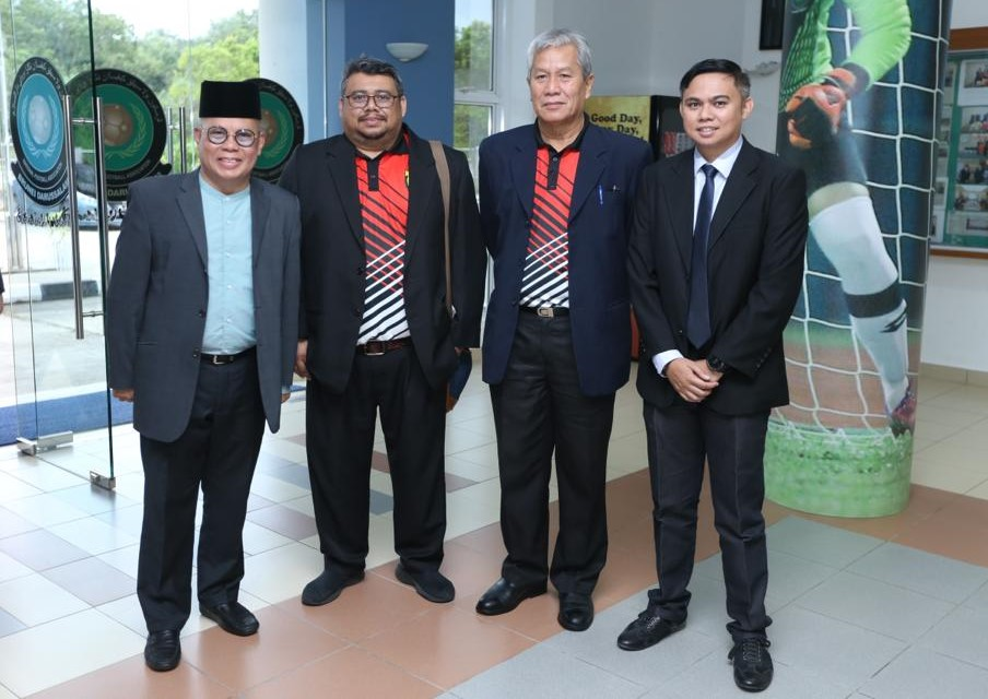 ISC General Manager, Rosdin bin Hj Abd Aziz and ISC President, Pg Anak Hj Mohd Yassin bin Pg Anak Safiuddin with the new elected President of NFABD, Pg Hj Matusin bin Pg Matasan (far left) and Abd Adib bin Hj Abd Khani, ISC Assistant G.M who was also appointed as one of NFABD Executive Committee at NFABD House on 16 November 2019.