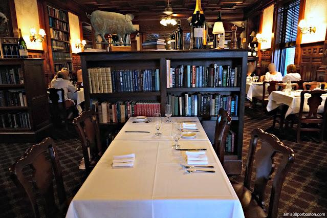 Comedor Principal de Library Restaurant en Portsmouth, NH