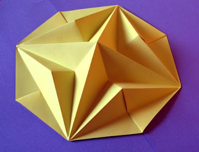 Simple origami, Stella in ottagono 2 - Octagonal Star 2© by Francesco Guarnieri