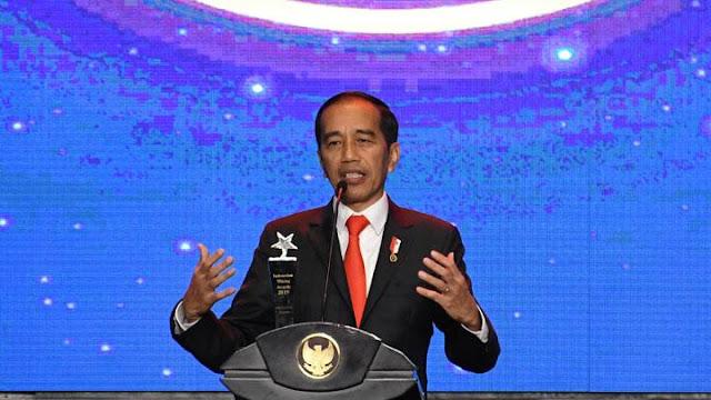 Jokowi Mau Tuntaskan Defisit 3 Tahun, Malaikat Setengah Dewa?