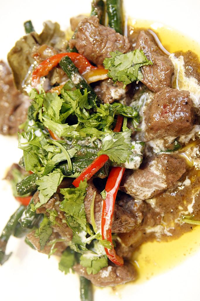 Nav Modern Thai Cuisine Rib Eye Green Curry