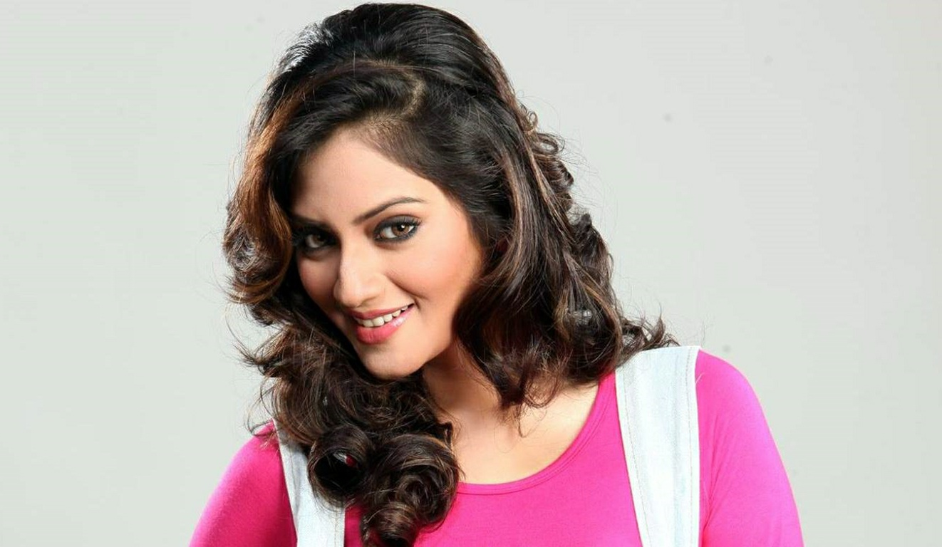 Nusrat Jahan Hot Photos 10