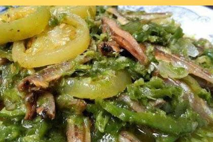 Sambalado Green Anchovy.