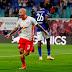 RB Leipzig goleia, afunda o Schalke na lanterna e lidera a Bundesliga