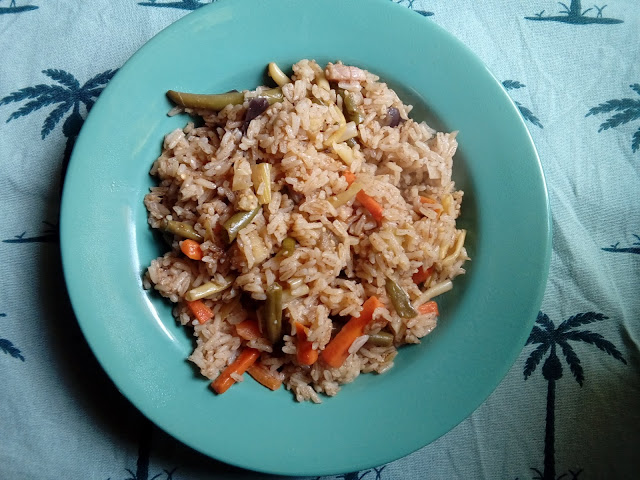 Arroz thai con verduras y bacon