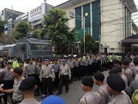 """Pengamat Politik: Jika Lokasi Sidang Ahok Dipindah, Publik Yakin """"Ada Permainan"""""""
