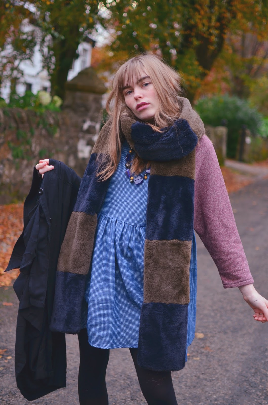 fashion, fashion blogger, ootd, scottish, style, what to wear when its cold, scottish blogger, glasgow blogger, big fluffy scarf, how to wear, style tips,