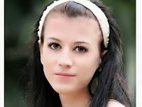 Cantik tapi Bejat Gadis ini Bikin Video Nistakan Al-Quran