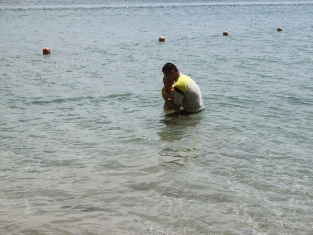 Trip ke Pulau Tiga : Gummypie 1st swimming experience