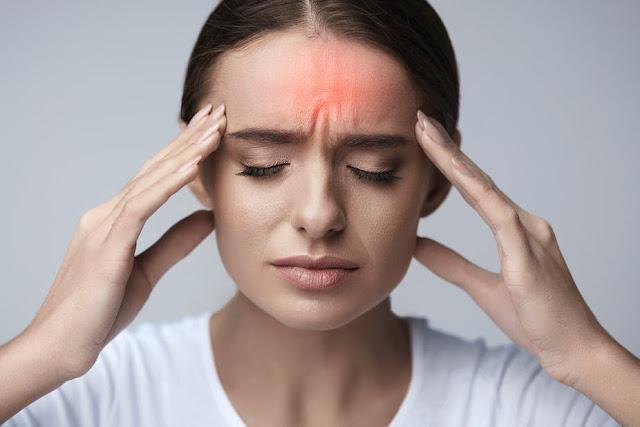 Qaund vous ne consommez pas assez d'eau, vous souffrerez du mal de tête