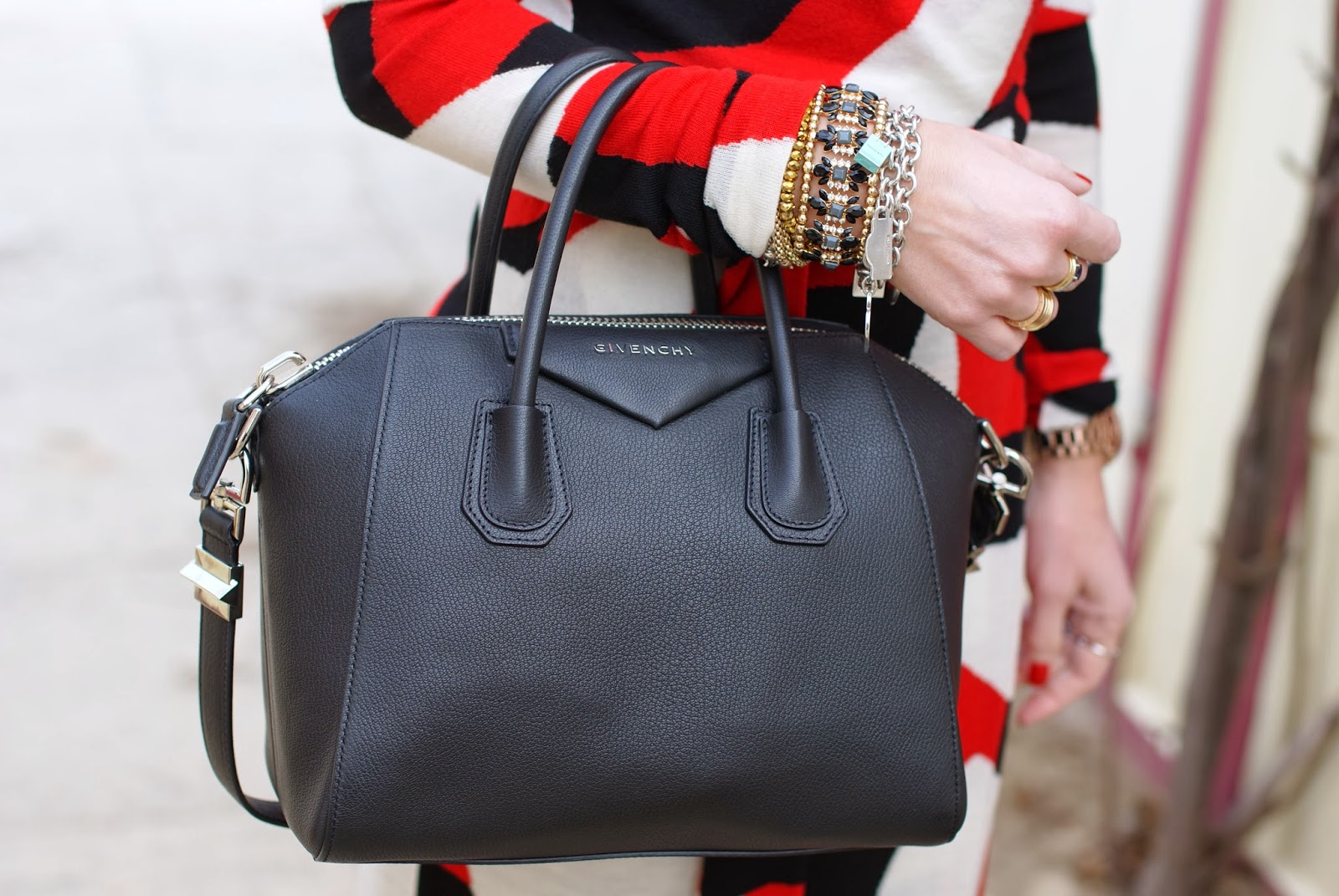 I matched this statement dress with my black Givenchy Antigona bag and  black ankle boots 78c16904715