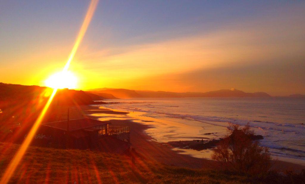 sopelana puesta de sol
