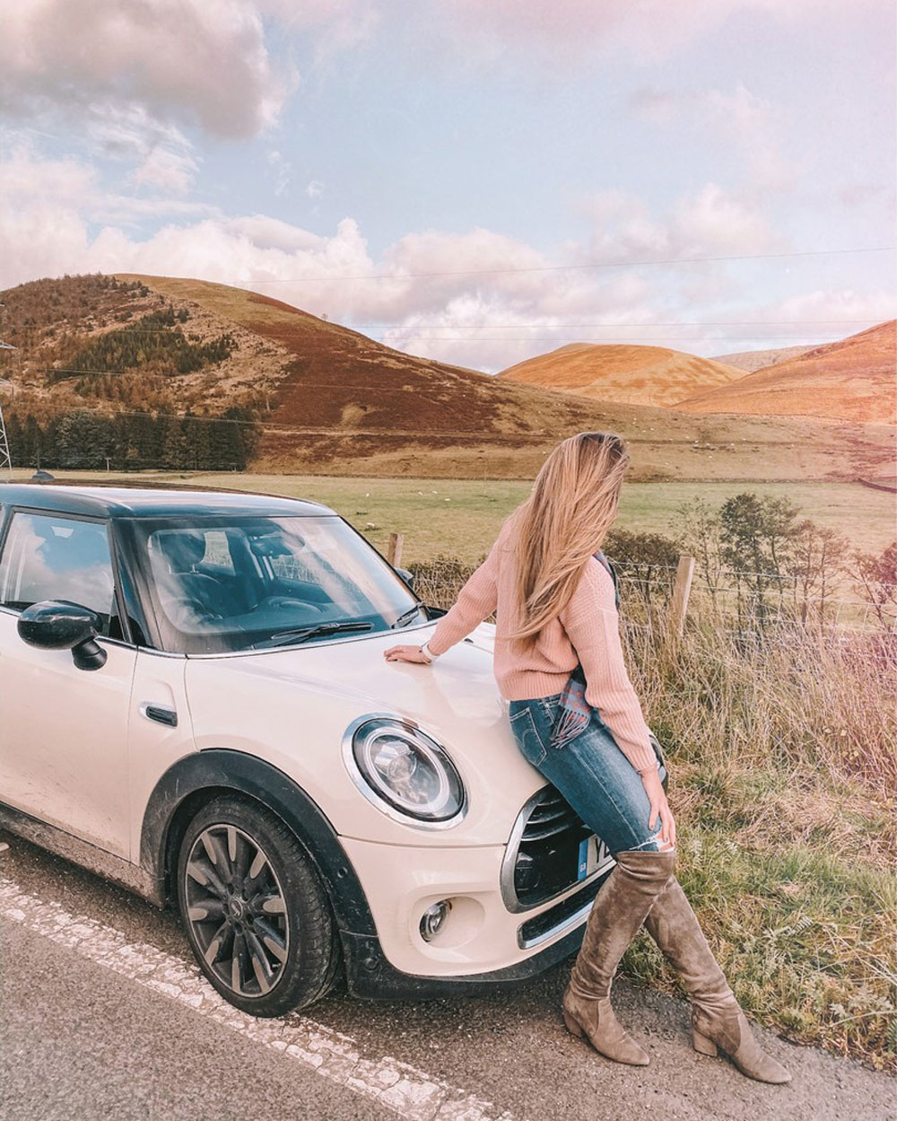 travel blogger Amanda Martin of Amanda's OK Blog rented a Mini Cooper to travel across the UK