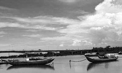 Cơn giông qua làng cũ- Lê Thanh Hùng