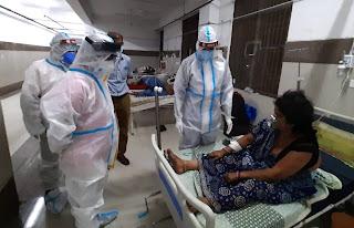 डीएम ने मरीजों को दी जा रही सुविधाओं का लिया जायजा | #NayaSaberaNetwork