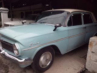 LAPAK MOBIL KLASIK BEKAS : Jual Holden Special 64 - MALANG
