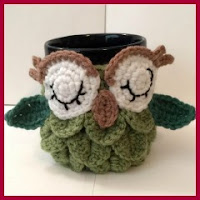 Cubretazas búho a crochet