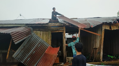 Angin Kencang Rusak Belasan Kios di Pasar Sentral Palakka-dulmyid