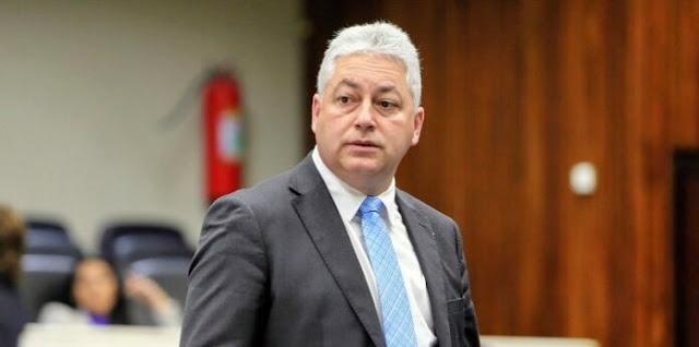 """Douglas Fabrício: """"Reivindicar vacinas junto a Secretaria de Estado da Saúde faz parte de nosso trabalho"""""""