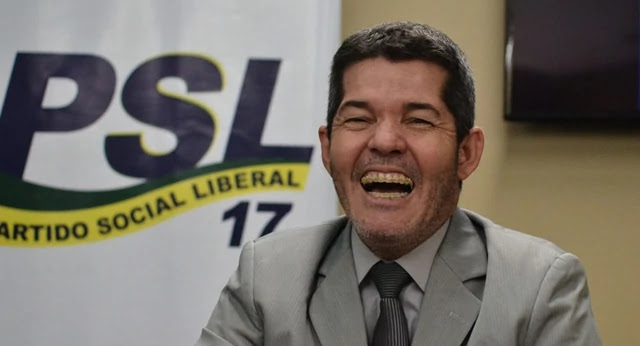 Delegado Waldir diz que Bolsonaro comprou votos e estar de posse do áudio que confirma suas acusações