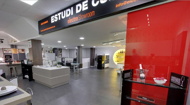 Cocinas alemanas barcelona electro showroom - Cocinas barcelona ...