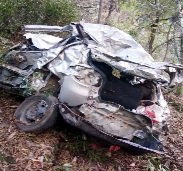 मंडी: दर्दनाक सड़क हादसा कार खाई में गिरी, महिला व बच्ची की मौत
