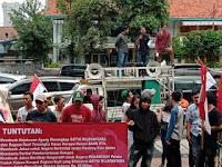 Unjuk Rasa Masyarakat Di Kejagung RI Minta SW Segera Ditangkap