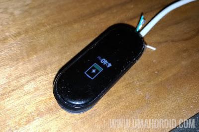 Langkah 3 Proses Charging Mi Band 4