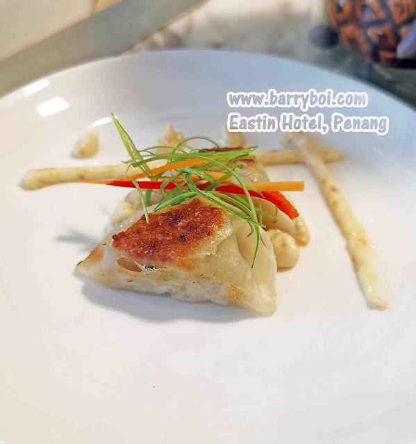 Gyoza Salmon Buffet Penang Buffet Eastin Hotel Penang Penang Malaysia Blogger Influencer Penang Food