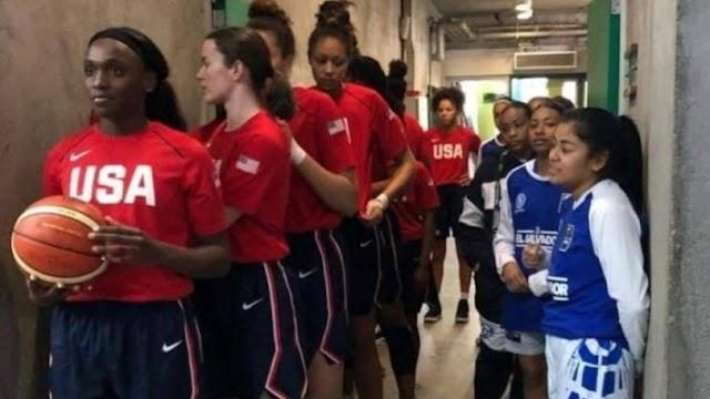 H φωτογραφία που έγινε viral σε γυναικείο ματς U16