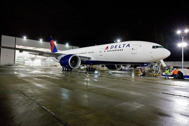 Delta Airlines Boeing 777-200 Long Range