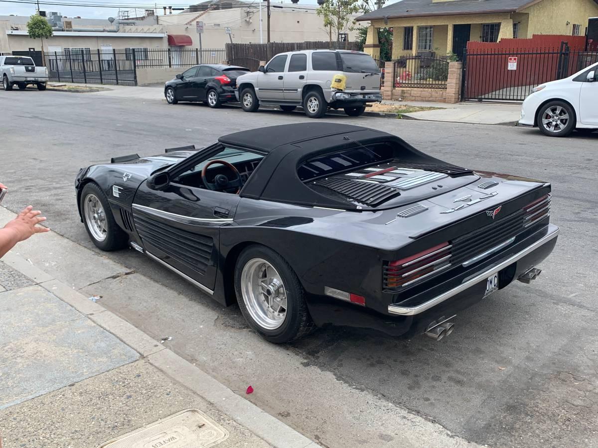 Ferrari Testac4ossa: 1984 Chevrolet Corvette Custom